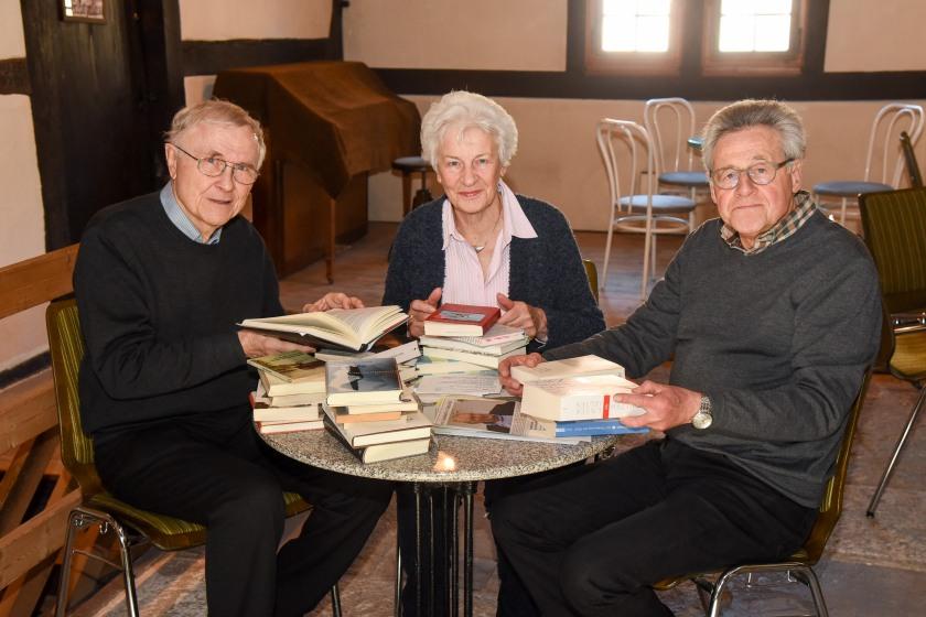 Dr. Gerhard Vogt, Renate Fischer und Prof. Roland Häcker (v.l.